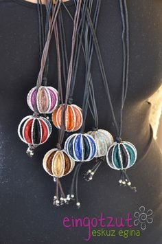 """Nespresso Everything You Need To Know About Coffee In One Image Used Nespresso Capsules Into Lamps How to Say """"Coffee"""" in 60 Dosette Nespresso, Recycled Jewelry, Coffee Pods, Bijoux Diy, Fabric Jewelry, Diy Necklace, Jewelry Crafts, Jewelery, Jewelry Making"""