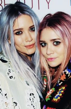 #twins #marykate @ashleyoslen Love the hair color !