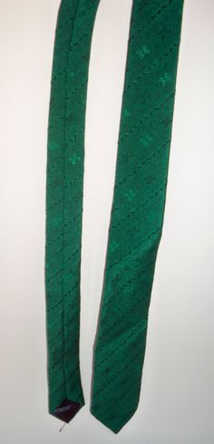 #Vintage #Jordache #Skinny Green #Necktie $22 1980s #Mod by DesignsbyChristine #Holiday #Greenery  #Christmas #gift #men'sgift #stockingstuffer