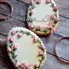 Cookies Decorated Vintage Royal Icing New Ideas No Egg Cookies, Fancy Cookies, Iced Cookies, Royal Icing Cookies, Cupcake Cookies, Sugar Cookies, Cookies Et Biscuits, Easter Cupcakes, Easter Cookies