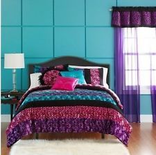29 best master bedrooms images on Pinterest   Bedrooms  Homes and Ad     Purple and teal girls bedroom