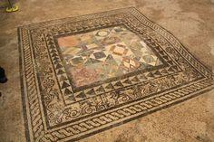 """Mosaico de la domus """"Casti Amanti"""""""