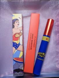 MAC WONDER WOMAN OPULASH MASCARA (FREE SHIPPING) $16.00