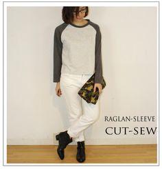 袖のラグランスリーブがスポーティな印象のロングスリーブカットソー。シックなグレーのグラデーションで、大人カジュアルに着こなせます。裾スリット入りで腰回りも自然...|ハンドメイド、手作り、手仕事品の通販・販売・購入ならCreema。