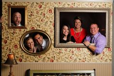 DIY Photobooth Wall .. wouldn't this be fun at holiday time when the family gathers or at a big family reunion????