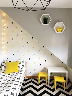 Cool, modern bedroom for kids. Kids bedroom on a budget. Yellow and grey in a childs bedroom. Kids Bedroom Boys, Kids Bedroom Furniture, Childs Bedroom, Kid Bedrooms, Boy Rooms, Mission Furniture, Children Furniture, Kids Rooms, Luxury Furniture