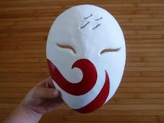 How I made my Haku Mask. *You can use this technique for other masks too* DISCLAIMER: The music is Sign by Flow. It is not my music How I made my Haku mask from Naruto. This is my first attempt with paper mache and making a mask (dont judge me! Anime Diys, Anime Crafts, Nerd Crafts, Clay Crafts, Paper Crafts, Cosplay Tutorial, Cosplay Diy, Anbu Mask, Instruções Origami