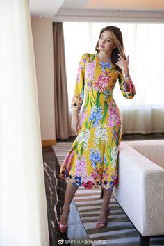 Miranda Kerr Outfits, Miranda Kerr Dress, Miranda Kerr Style, Miranda Kerr Fashion, Fashion Line, Fashion Models, Luxury Lifestyle Fashion, Indian Beauty Saree, Couture