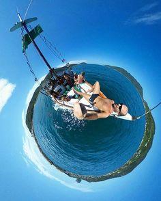 O @aventureiros é mestre em fazer fotos e vídeos em 360 graus. Já viram? Essa foi feita em Arraial do Cabo durante um passeio de barco. Vejam outras fotos iradas na galeria dele. Sigam o @aventureiros.