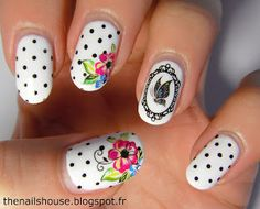 The Nails House: Pois chics