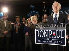 Former presidential candidate Ron Paul will return to Iowa a day before the caucuses to campaign for his son.