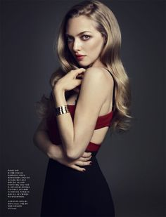Amanda Seyfried is a total screen siren // Amanda Seyfried Covers ELLE Korea