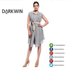 <<ÜRÜN DETAYI>> MODEL : Önü düğmeli Elbise / Tunik  RENK :  Lacivert - Siyah BEDEN : XL -2XL KUMAŞ : Dokuma  KATEGORİ : DARKWIN Büyük Beden Mağazalarımızda TOPTAN SATIŞ yapılmakta olup ürün verdiğimiz PERAKENDE Mağazalar ve modellerimiz ile ilgili bilgi almak için ;  Web : www.darkmen.com.tr.  Laleli tel :  0212 516 92 21.  Osmanbey Tel : 0212 219 88 37  Laleli Whatsapp : 0532 068 10 21  Osmanbey Whatsapp : 0531 306 81 88.  Laleli Skype : darkmentr Osmanbey Skype : darkmenosmanbey  Iletişim…