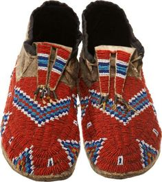 Find out with our FREE auction evaluation or view our current and previously auctioned artwork at Heritage Auctions. Native American Moccasins, Native American Clothing, Native American Crafts, Native American Artifacts, Native American Beadwork, Native American Tribes, American Indian Art, Native American History, Beaded Moccasins