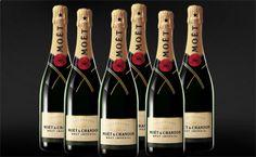 ¿Necesitas algún motivo para hacer especial tu sábado? Moët Chandon Brut Imperial 75cl pack 6 botellas con 16% de descuento.