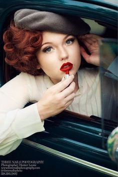trendy Ideas for vintage makeup pinup redheads Three Nails Photography, Retro Photography, Fashion Photography, Bonnie And Clyde Photos, Bonnie Clyde, Bonnie Parker, Bonnie And Clyde Halloween Costume, Couple Halloween Costumes, Biker Halloween