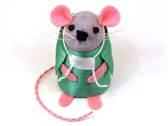 Doctor Surgeon ornament felt mouse mice cute by TheHouseOfMouse, £19.00