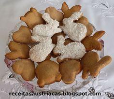 """Esta receita austríaca é o famoso """"Gingerbread"""" – Bolacha de gengibre – muito típica na época de Natal e Páscoa, tanto na Europa como Esta. Sweet Recipes, Dog Food Recipes, Cookie Recipes, Easter Cookies, Christmas Cookies, Whoopie Pies, Cakes And More, Gingerbread Cookies, Biscuits"""