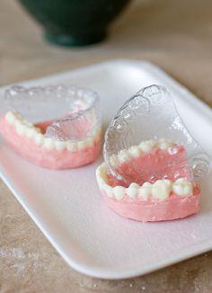 Teeth-Mold-In-Chocolate