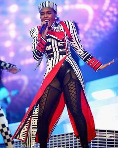 👀 @janellemonae #jacket is 🔥🔥 Cc @anankarabazaar  #coachella #coachellafashion Coachella Valley, African Fashion, African Style, Style And Grace, Latest Pics, Star Fashion, Front Row, Hair Beauty, Women Wear