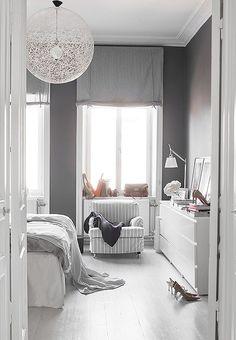 Grau und weiß- eine schöne Kombination im Schlafzimmer