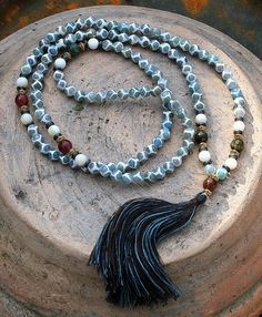 Faceted Tibetan style Agate Mala necklace