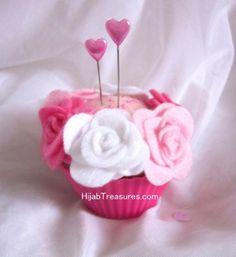 Cupcake Hijab Pins Pink Cushion