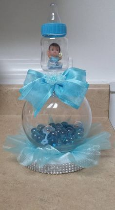47 trendy baby shower centerpieces blue center pieces babyshower baby baby shower game how many bubbles fun boy girl neutral pink blue Idee Baby Shower, Mesas Para Baby Shower, Baby Shower Crafts, Shower Bebe, Baby Shower Diapers, Baby Shower Favors, Baby Shower Parties, Baby Shower Themes, Baby Boy Shower