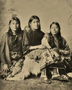 1890 photo of Kiowa Indian women taken on the Oklahoma Reservation in 1890