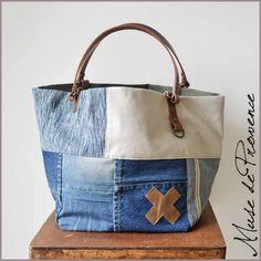 Sacs de créateur faits main made in France   Muse de Provence Jean Purses, Purses And Bags, Urban Bags, Summer Handbags, Denim Purse, Recycled Denim, Patchwork Bags, Fabric Bags, Tote Bag