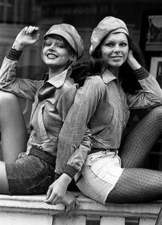 Hotpants girls of years 70's • Galleria immaginie retro shorts 1970 Hot pants black velvert with a bib front, underneather a billowy sleeved deep green satin shirt with a collar add knee high boots topped with a color coordinated carnaby hat....sooo hot lol