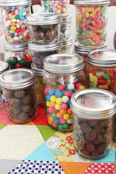 Holiday Crafts with Mason Jars | Mason Jar Candy Display for Parties