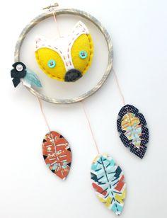 Custom Made Felt Fox Embroidery Hoop Dreamcatcher Wall Art Kids Decor, Baby Decor, Crafty Christmas Gifts, Owl Dream Catcher, Felt Wall Hanging, Fox Decor, Felt Fox, Spring Projects, Felt Decorations