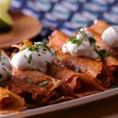 """Cheesy """"Taquitos"""" or as we like to call them """"Chequitos""""! Tag your keto cheese lover here . Mexican Food Recipes, Keto Recipes, Healthy Recipes, Mexican Dishes, Ground Beef Recipes For Dinner, Dinner Recipes, Dinner Ideas, Beef Recipe Video, Diets"""