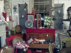 Painted Furniture #vintage #TheBlueHearth