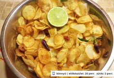 Lime-os-chilis házi chips Snack Recipes, Snacks, Chilis, Sandwiches, Lime, Chicken, Meat, Breakfast, Fast Foods