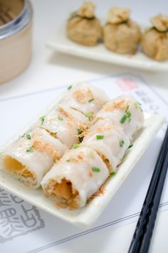 Dim Sum ~ dteamed rice rolls with shrimp and ch'a kue