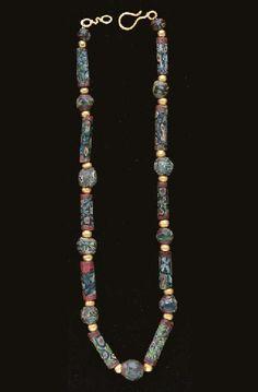 Renaissance Jewelry, Medieval Jewelry, Ancient Jewelry, Glass Jewelry, Beaded Jewelry, Glass Beads, Beaded Necklace, Antic Jewellery, Bohemia Jewelry