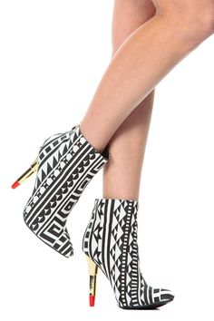 Kiss Me in Tribal Pointed Toe Booties @ Cicihot. Booties spell style, so if you want to show what you're made of, pick up a pair. Have fun experimenting with all we have to offer!