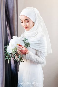 Muslimah Wedding Dress, Muslim Wedding Dresses, Hijab Bride, Muslim Brides, Wedding Attire, Wedding Gowns, Wedding List, Bouquet Wedding, Malay Wedding Dress