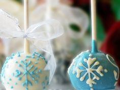 Elegant Winter Theme Wedding Favors     Wedding Favors are a necessary part of every wedding. They are a nice way to surprise your guests, thank them for coming and help them …