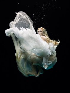 More from Zena Holloway. Love the way the water makes the fabrics look.