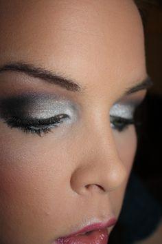 Silver and Black smokey eye makeup tutorial