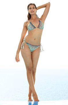 BIKINI marki BEACHWAVE, góra od bikini 89 zł na http://www.halens.pl/moda-damska-moda-plazowa-5784/gora-od-bikini-jane-545390?imageId=366573&variantId=545390-0018 + dół od bikini 69 zł na  http://www.halens.pl/moda-damska-moda-plazowa-stroje-dwuczesciowe-na-do-5787/do-od-bikini-sue-545391