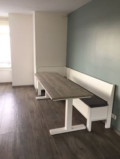 Dining Area, Dining Table, Kitchen Island Table, Living Room Sofa Design, Paint Colors For Living Room, Table Seating, Interior Design, Breakfast Nook, Furniture