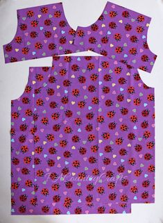 Free sewing tutorial for a peasant dress with elastic sleeves. These dresses are perfect for charity sewing projects, nightgowns, or just cute dresses for little girls. Girls Dresses Sewing, Toddler Girl Dresses, Sewing Clothes, Doll Clothes, Baby Dresses, Toddler Girls, Baby Girls, Little Girl Dress Patterns, Little Girl Dresses