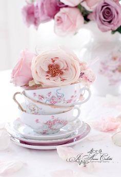 A beautiful table centrepiece