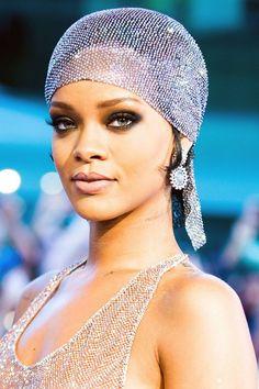Rihanna: Hair Style File - CFDA