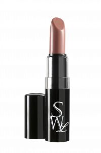Light up your lips with this hot cherry red with an orange hue. Flame is a true reddish orange that is willing to go the distance in wear. This perfect Matte Lipstick is going to last for hours without having to reapply. Bombshell Beauty, Perfect Lips, Lip Kit, Lip Pencil, Matte Lipstick, Lipsticks, Real Beauty, Pink Lips, Lip Liner