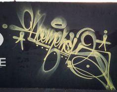diagonal attack by Sopehs (@sopehsneverdie). #sopehs #handstyle #graffiti //follow @handstyler on Instagram